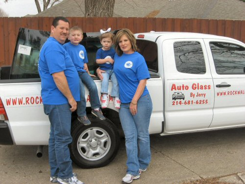Photo of Jerry and Tammy Jones, owners of Auto Glass by Jerry in Rockwall, Texas